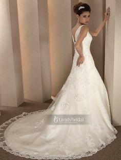 Brautkleider Tiefe Taille Spaghettiträger Pinsel-Schleppe Champagner 007470006003m1 für305.198 € # landybridal Elegant fashion dream wedding dress style