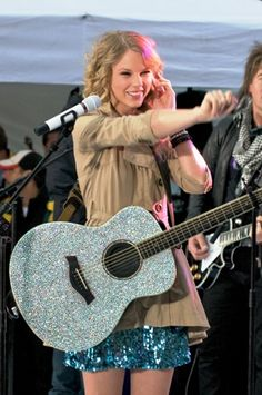 Click on the pin to write a message of respect to Taylor Swift on RespectPoint. We share all your respects on our #RespectSwifties board. Thanks!