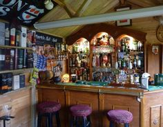 Son Creates Pub Shed In Memory Of His Dad | The LAD Bible