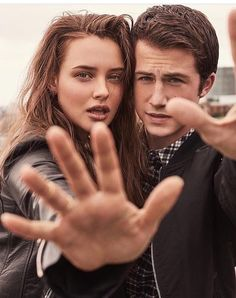 13 Reasons Why Stars Dylan Minnette and Katherine Langford for Entertainment Weekly: See the Breathtaking Photos 13 Reasons Why Reasons, 13 Reasons Why Netflix, Entertainment Weekly, Mtv, Shadowhunters, Film Serie, Gilmore Girls, Gossip Girl, Movies And Tv Shows