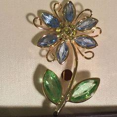 Amanda Smith Spring Flower Rhinestone Brooch - New In Box - Gold Tone #AmandaSmith