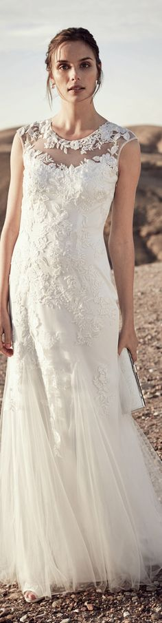 Okay okay okay... this neckline might be my favorite... for today. Tomorrow... who knows. I do love this dress - read my updated article about bridal fashion for women over 40 (or under 40) ...