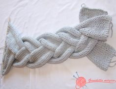 Easy Womens Knit Neck Collar Making, # kommentierte Lanyard-Modelle . Knit Slippers Free Pattern, Knitted Slippers, Knitting Stiches, Knitting Patterns, Needlework, Knit Crochet, Diy Crafts, Embroidery, Sewing