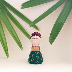 follow-the-colours-bonecos-MajorTom-Frida-Kahlo