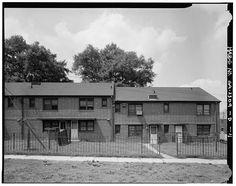 11.  South side, east section. - Clark Howell Homes, Building 12-B, 516 Lovejoy Street, Atlanta, Fulton County, GA