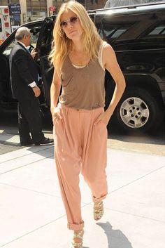 Sienna-Miller-Celebrity Photos-6 August 2009
