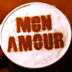 Mon Amour. Stencil art coffee. http://loover.fr