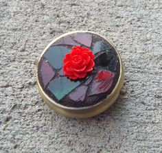Christmas Box Red Rose Pill Box Mosaic Pill от PiecesofhomeMosaics