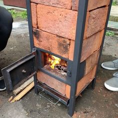 Wonderful Ideas For Wooden Pallet Grills And Furniture For Your Garden Outdoor Oven, Outdoor Fire, Outdoor Cooking, Bbq Grill, Grilling, Parrilla Exterior, Diy Rocket, Stove Fireplace, Rocket Stoves