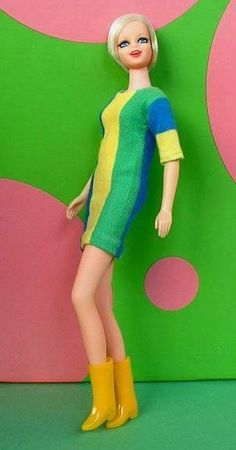 MATTEL Vintage Barbie TWIGGY Doll Original DRESS & Boots Signed JAPAN Complete c.1967!