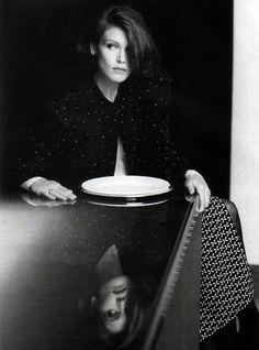 Giorgio Armani, American Vogue, March 1986. Photograph by Aldo Fallai