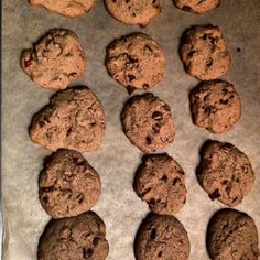 Sunday night sweet tooth strikes. Try these easy crispy gluten-free chocolate chip cookies.