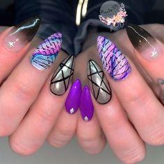 🌗 by Nailsbymg from Nail Art Gallery Art Nails, Gel Nail Art, Acrylic Nails, Nail Polish, Witchy Nails, Popular Nail Art, Abstract Nail Art, Amazing Nails, Nail Art Galleries