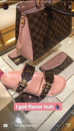 Cute Sandals, Cute Shoes, Me Too Shoes, Shoes Sandals, Heels, Vuitton Bag, Louis Vuitton Handbags, Lv Handbags, Louis Vuitton Slides