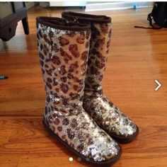 Stuart Weitzman boots brand new! They say size 5 on the inside but they fit my sz 7-7.5 foot.  Adorable boots Stuart Weitzman Shoes Combat & Moto Boots