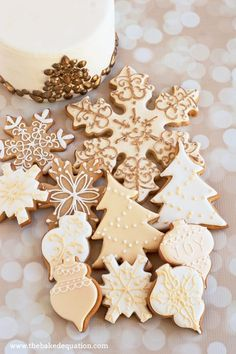 Dress up homemade sugar cookies on the inside and the outside to create a sinfully sweet Christmas treat. Christmas Cookies Gift, Christmas Sweets, Noel Christmas, Christmas Goodies, Christmas Baking, White Christmas, Holiday Desserts, Homemade Sugar Cookies, Snowflake Cookies