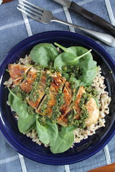 Based on the flavor, you'd never guess this Pesto Chicken with Spinach and Wild Rice only required 5 simple ingredients. Pesto Chicken, Spinach Stuffed Chicken, Wild Rice Recipes, Chicken Shop, Weeknight Meals, Cobb Salad, Meal Planning, Main Dishes, Dinner