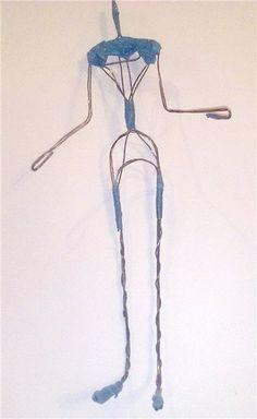 La creación de un marco de alambre para muñecas - Masters - Feria artesanal, hecho a mano Polymer Clay Dolls, Polymer Clay Projects, Doll Crafts, Diy Doll, Wire Crafts, Clay Crafts, Support Pour Sculpture, Sculpting Tutorials, Paper Mache Sculpture