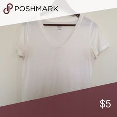 White t shirt Good condition! I ship the same day! Bundle discounts will very between items bought so just ask about it  Tops Tees - Short Sleeve