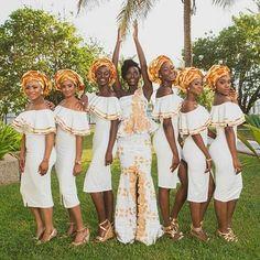 The Beautiful Bride and Her Court: Ghanaian Top Model Kate Menson Photos Credit : Kate Menson African Wear, African Women, African Dress, African Fashion, Ghana Traditional Wedding, Ghana Wedding, African Wedding Attire, Wedding Bridesmaid Dresses, African Bridesmaid Dresses