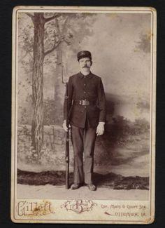 Cabinet Photo: Soldier John Liblin W/ Gun. Photographer Gillett, Ottumwa, Iowa