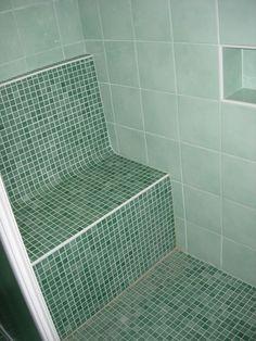 Banc relaxant (en Wedi habill� de mosa�que Bisazza) dans cabine avec bac � douche � l'italienne Tile Floor, Sweet Home, Bathtub, Shower, Attic Ideas, Room Ideas, Green, Recherche Google, Bathrooms