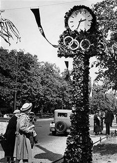 Berlin 1936 Public clock Olympic decorated