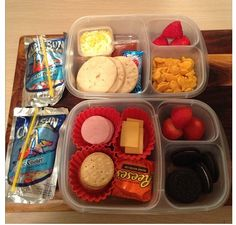 Lunchables and caprisun