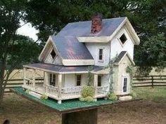 Old farmhouse birdhouse ♥