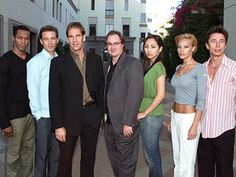 Star Trek Enterprise cast/crew on Earth.