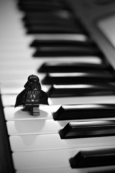 a-photo-fun-and-art-black-and-white-music-piano-dart-vader-laugh rnrnSource by carmenestvez