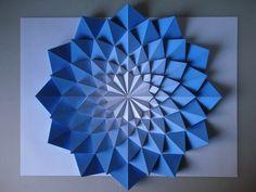 Kota Hiratsuka fait des origamis New-Age !
