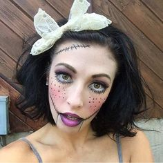 Scary Doll Halloween Makeup Look