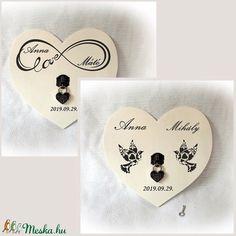 Végtelen szerelem, esküvő, szerelemlakat , lakatceremónia, natúr fa, szív fa falikép,  nászajándék, valentin,szív lakat (Merka) - Meska.hu Place Cards, Place Card Holders
