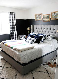dark bedroom wall inspiration