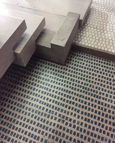 New Concrete Stairs Detail House Ideas Carlo Scarpa, Concrete Stairs, Wooden Stairs, Floor Patterns, Tile Patterns, Stairs Architecture, Interior Architecture, Stair Detail, Modern Architecture