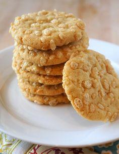 Rice Krispie Macadamia Nut Cookies   Pixel Baking Sweet Cookies, Yummy Cookies, Cake Cookies, Cupcakes, Lemon Meringue Cookies, Macadamia Nut Cookies, Christmas Cooking, Something Sweet, Yummy Food