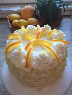 Egy gyors Oroszkrém torta! Rövid leírás a profiknak és egy részletes, hogy a kezdő háziasszonyok is elkészíthessék! - Ketkes.com Hungarian Desserts, Hungarian Recipes, Torte Cake, Different Cakes, Sweets Cake, Sweet Tarts, Kaja, Cakes And More, Oreo