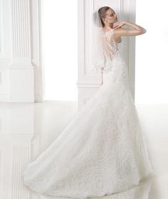 MALINA - Wedding dress in tulle and lace with gemstone embroidery.Collection 2015 DREAMS | Pronovias
