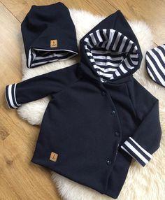 #nähenfürbabys#nähen#sewing#nähenfürkids#anker#maritime#dunkelblau#streifen#madeitmyself#handmade#babyboy#babyclothes#lessismore#fashion#babyfashion#creative#größe80#landleben#boy#lovethis#loveit#sweat# @lisa.loves.mattis für dein kleiner Prinz