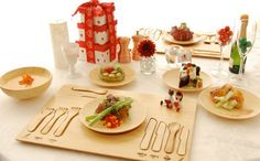 Utensilios de bambú // cubiertos y platos para niños //