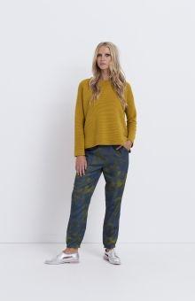 The Slim Leg Print Pants have been digitally printed with Elk's original Shanghai design. Elk Accessories, Print Pants, Pants Pattern, Slim Legs, Jeans Pants, Pants For Women, Normcore, Denim, My Style