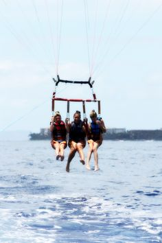 para-sailing! exactly what i want to do this summer (bucketlist) @bellaharper we have to do this at the beach!!!!!!