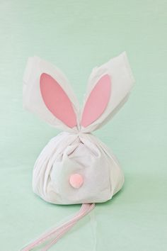 How To Make an Easter Bunny Pinata