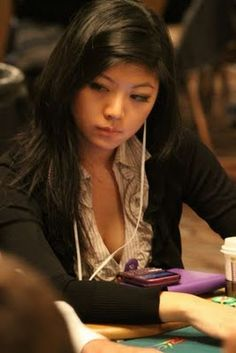 more poker girls. The photos were made at the 2011 World Series of Poker.