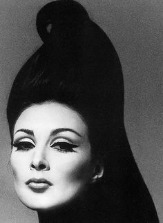 Wilhelmina Cooper (1 May 1939 – 1 March 1980), S)