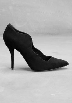 & OTHER STORIES / suede wave pump