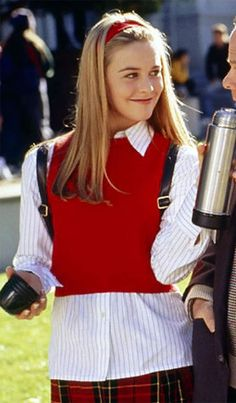 Alicia Silverstone as Cher Horowitz in the movie Clueless. (this was my favorite movie as a kid) Clueless Fashion, Clueless Outfits, 2000s Fashion, Fashion Outfits, Clueless 1995, Clueless Style, Ladies Fashion, Fashion Ideas, Cher From Clueless