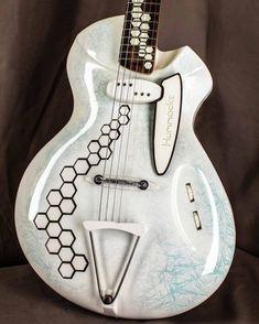 Guitar Musical Instrument, Musical Instruments, Music Things, Ayato, Pulsar, Fender Guitars, Retro Futurism, Cool Guitar, Musicals