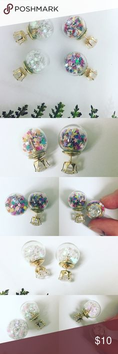 ❗️one left❗️Snow Globe Double Earrings Don't wait--- only one of multi color left! These festive double earrings feature clear CZ on one side and star snow globes on the other.  All Pineapple.PalmBeach jewelry and hair pins come packaged on crisp white packaging and tucked carefully into white chiffon pouches ready for you or a friend to enjoy!   Don't forget to shop my closet for a bundle discount! Pineapple.PalmBeach Jewelry Earrings